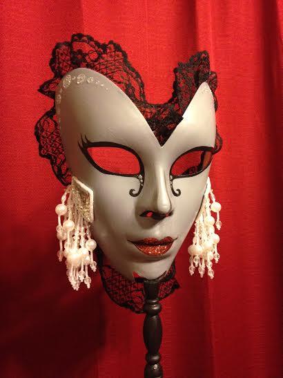 NYE victorian mask