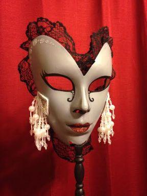 nye-victorian-mask